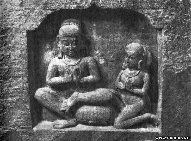 Поклонение богу. Скульптурный фрагмент IX в. Музей в Гвалиоре